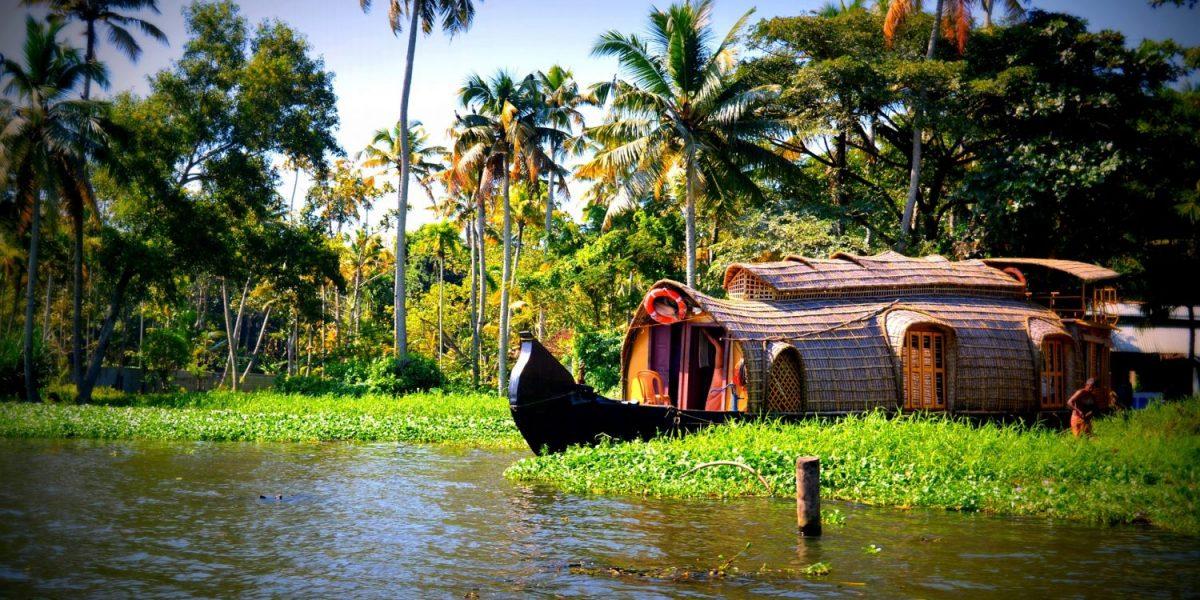 Kerala-boat